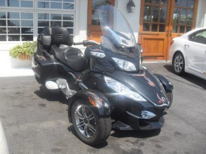 photo de CAN AM SPYDER RT 998 occasion de couleur noir en vente &agrave Tours n°1