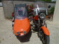 photo de LAVERDA 3 CYLINDRES 1000 occasion de couleur orange en vente �  Nieul Les Saintes