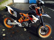 photo de KTM SMC 690 occasion de couleur blanc en vente �  Paris 18