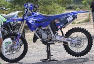 photo de YAMAHA YZ 125 occasion de couleur bleu en vente �  Dax