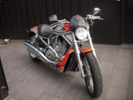 photo de HARLEY DAVIDSON 1250 V-ROD VRSC 1246 occasion de couleur orange en vente �  Bar Le Duc