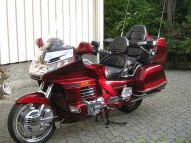 photo de HONDA GL GOLDWING 1500 occasion de couleur rouge en vente �  Bordeaux