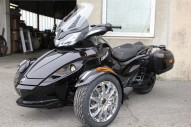photo de CAN AM SPYDER 1000 occasion de couleur noir en vente à Bazicourt